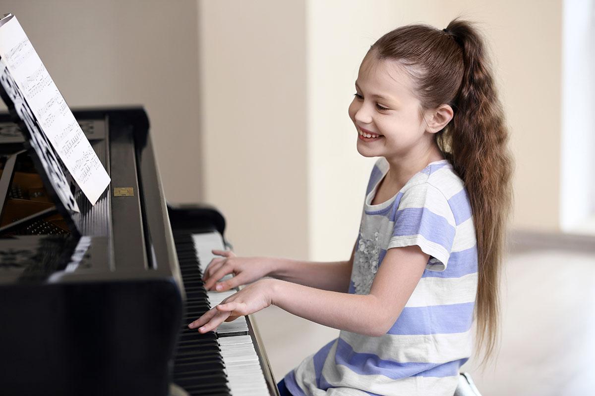 Corso pianoforte moderno suona la tua canzone Vicenza